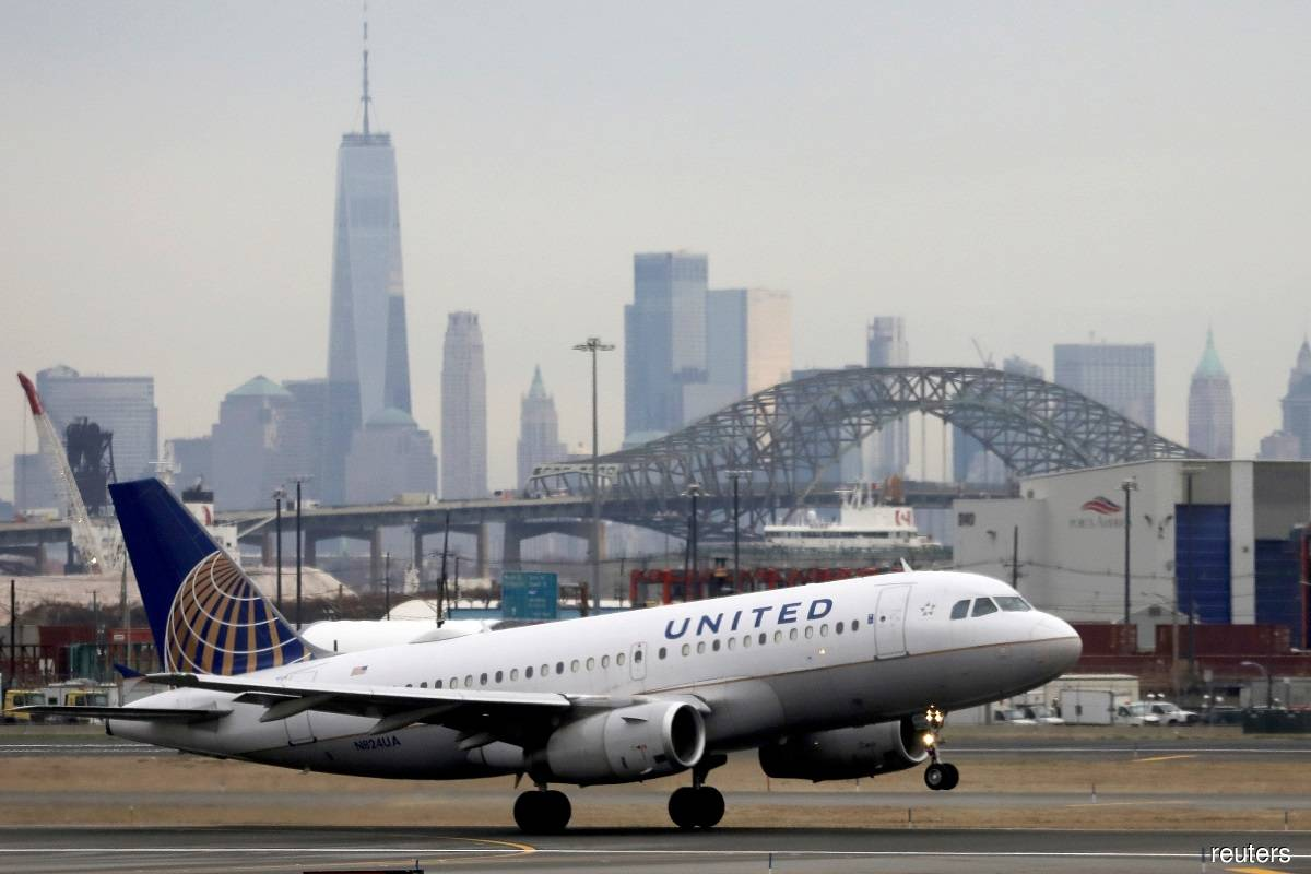 United Airlines makes Covid-19 vaccination compulsory for US employees