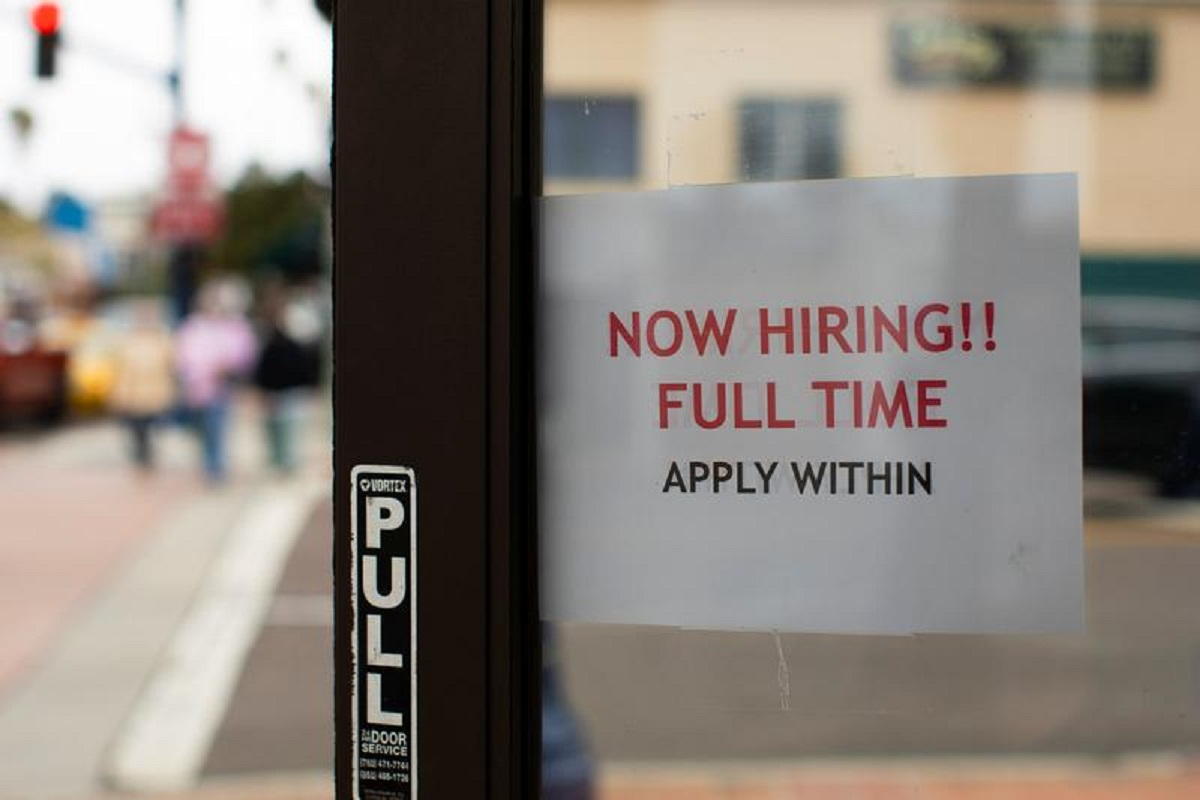 US job growth likely picked up in May, worker shortages still a challenge