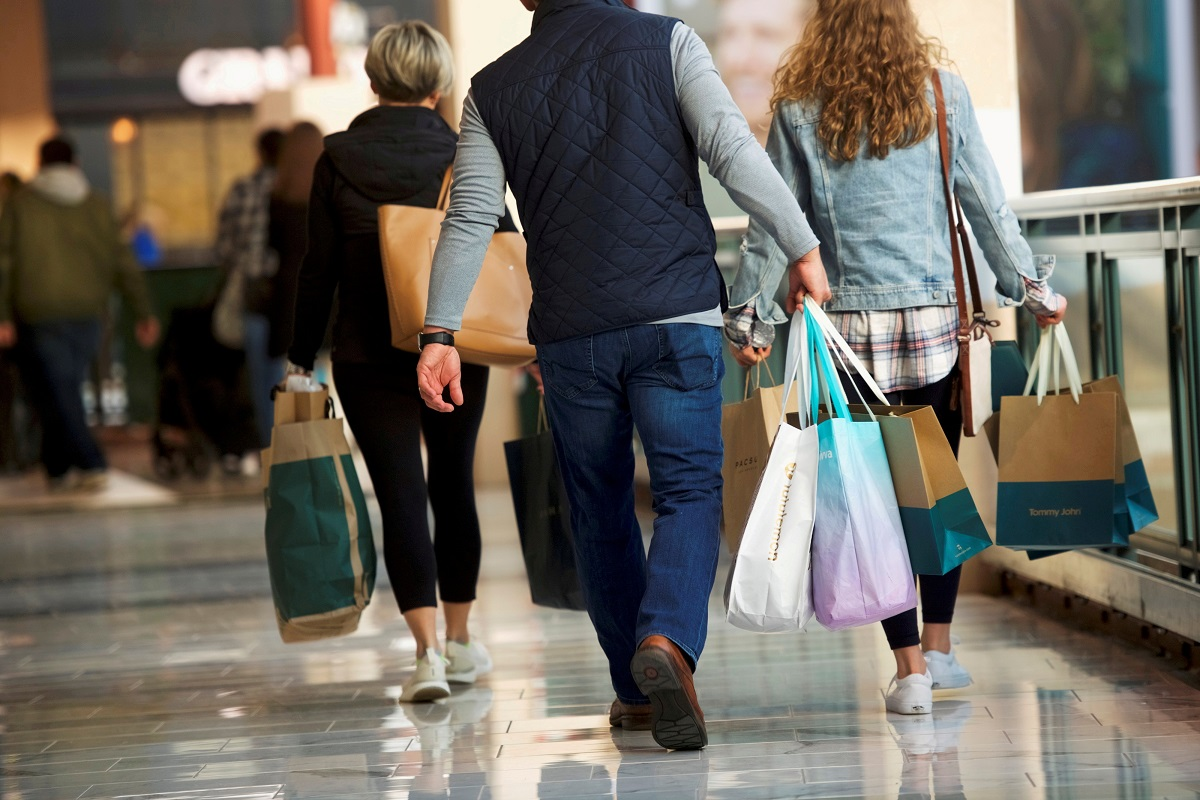 US retail sales unexpectedly rise in August; weekly jobless claims climb