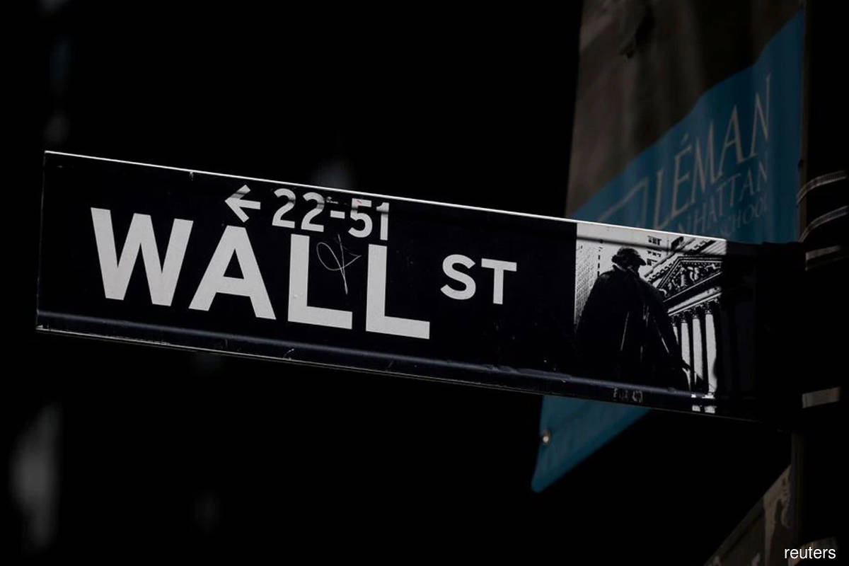 Indexes close up more than 1% as investors assess Fed news