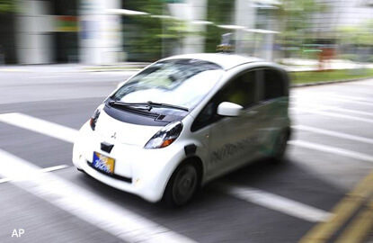 Autonomous vehicles not (yet) driving taxis out of business in Singapore