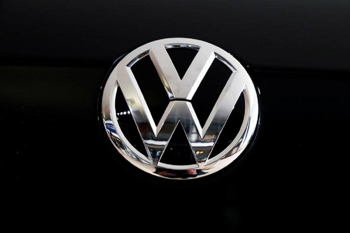 German prosecutors charge more VW managers in emissions scandal — report