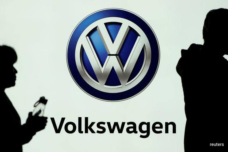 Volkswagen on Friday said it had agreed to invest 2.1 billion euros ($2.3 billion) in two separate Chinese electric vehicle businesses. (Photo by Reuters)