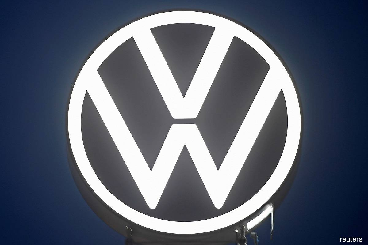 Volkswagen expects chips shortage to ease in 3Q