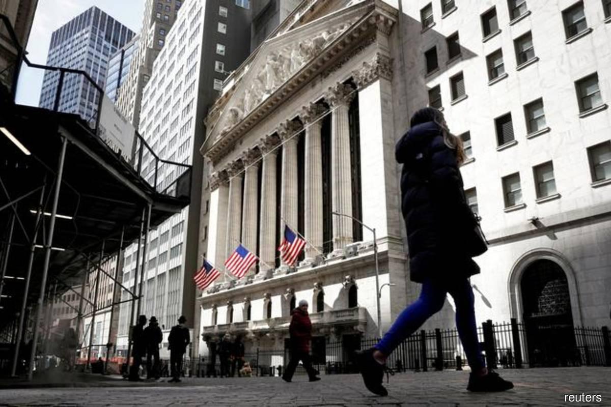 S&P, Nasdaq edge to record closes; energy stocks buoyant