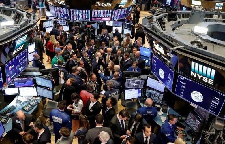 Wall Street gains momentum after another rocky start