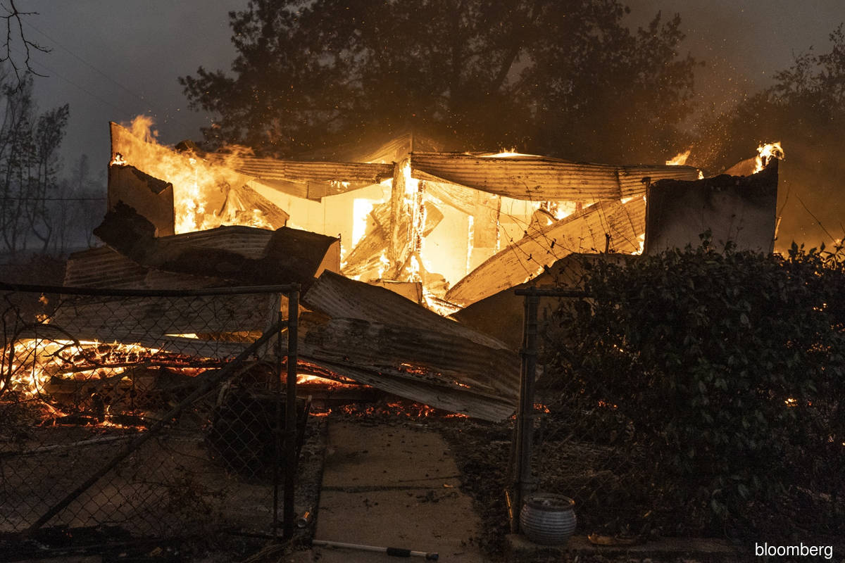 PG&E faces criminal charges for 2020 wildfire, official says