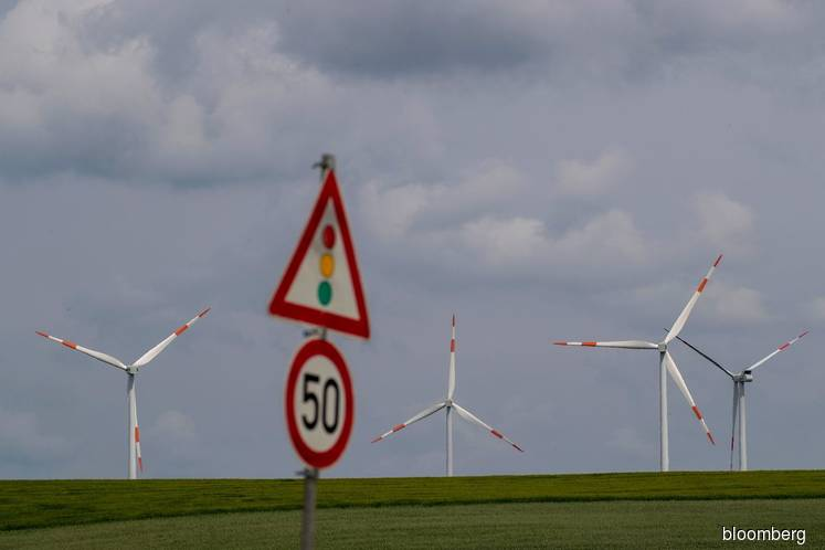 Germany may lose 40% of wind jobs as new projects grind to halt