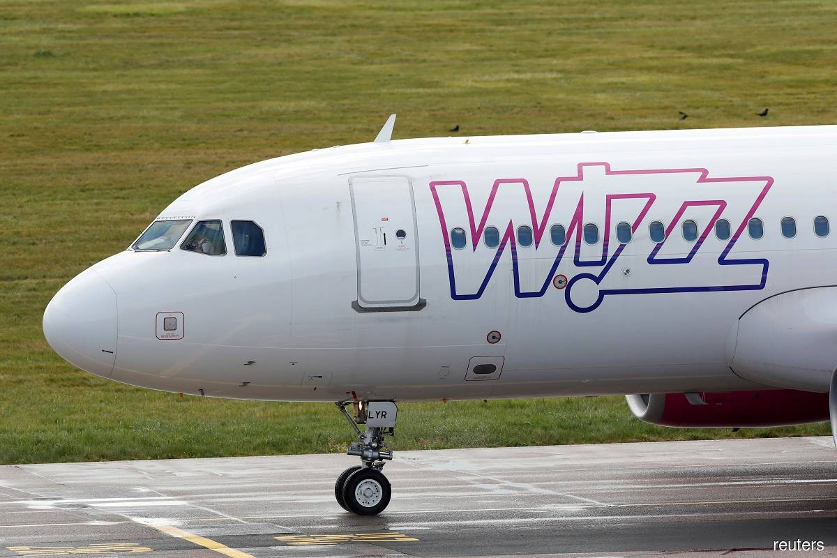 Wizz Air to cut January flights due to UK lockdowns