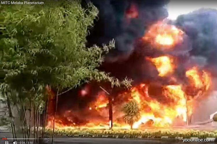 Melaka Planetarium transformer room destroyed in fire