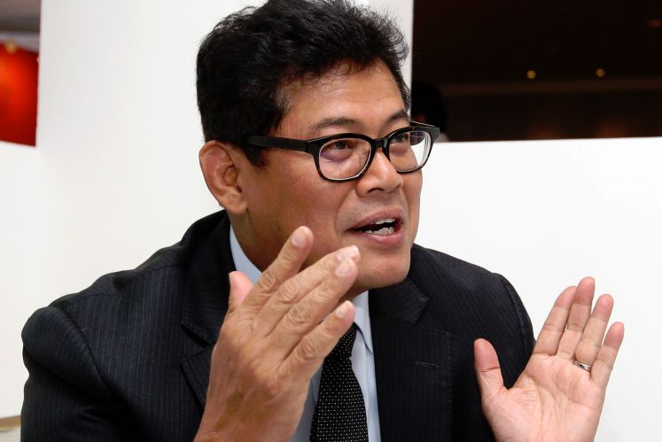 Zakaria hires Umno lawyer to challenge FGV's internal investigation