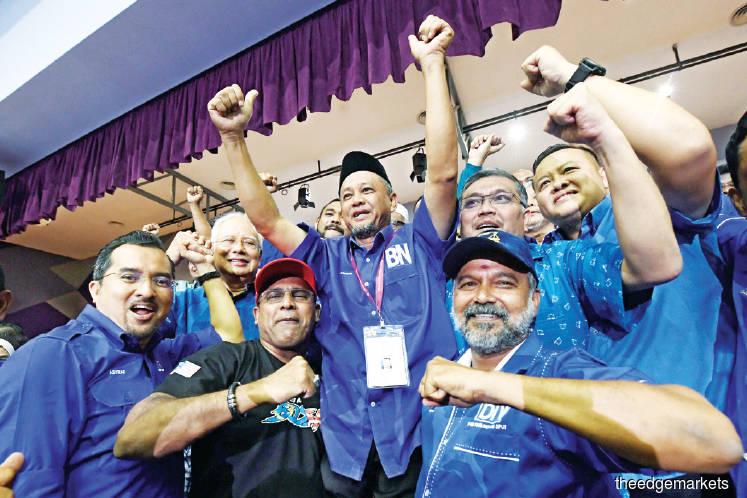 Not easy to topple Perak, Kedah govts — analyst